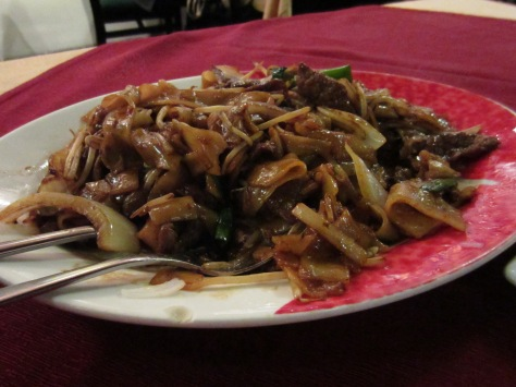 Dry fried beed with ho hun noodles