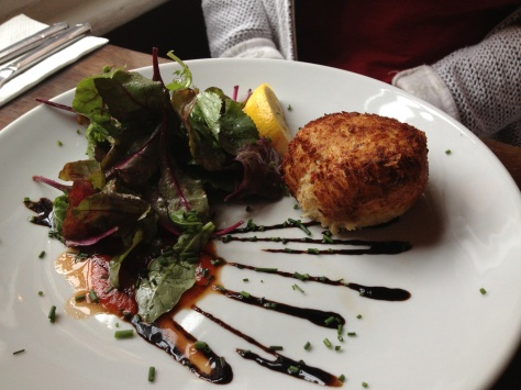 Cromesquis de crabe -homemade crab cake served with a sweet chilli sauce