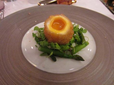 Crispy duck egg