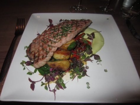 Chargrilled tuna steak, sauteed Cornish new potatoes, braised red peppers, french beans and avocado mayonnaise
