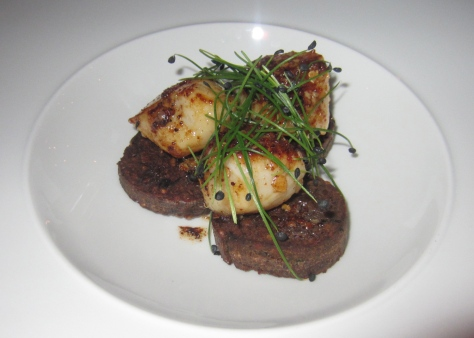 Scallops 'old fashioned' - Bowmore whiskey and orange glazed King scallops,toasted oats and haggis boudin
