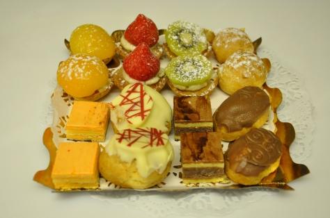 Petits fours frais (little canapés cakes)