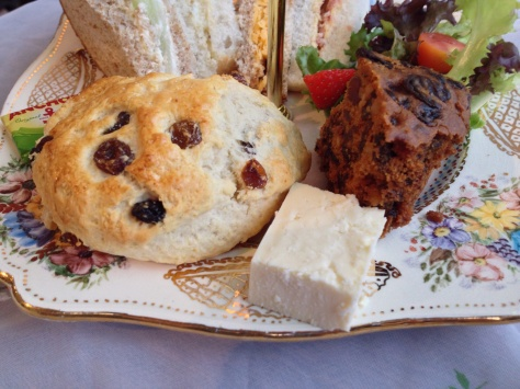 Large fruit scone, Fruit cake and Wensleydale