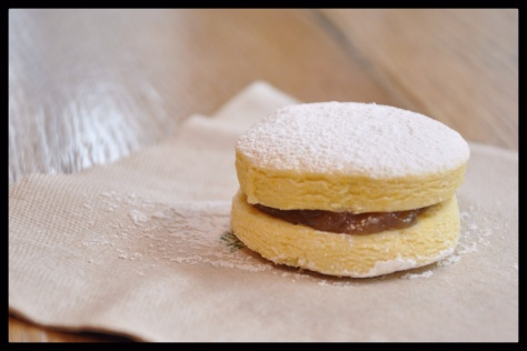 Alfajores with Rhubarb compote